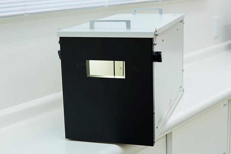 深視力検査三杆法も用いた遠近感を測定します